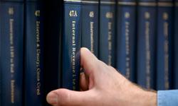 "<a href=""http://search.ebscohost.com/login.aspx?authtype=custuid&custid=ns134495"" >Nolo Books</a>"